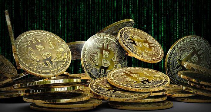 pixabay.com/de/illustrations/bitcoin-m%C3%BCnzen-virtuell-w%C3%A4hrung-4205661/