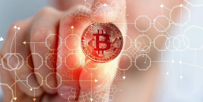 pixabay.com/de/illustrations/bitcoin-kryptow%C3%A4hrung-w%C3%A4hrung-4728496/