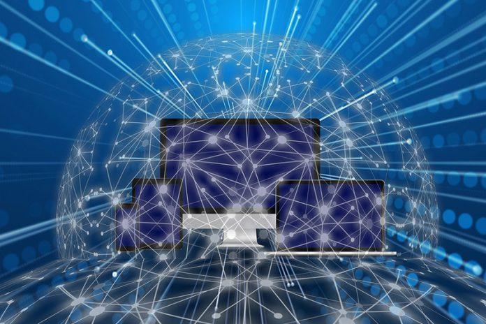 pixabay.com/de/illustrations/monitor-smartphone-tablet-laptop-4580815/